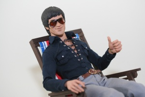 hot-toys-bruce-lee-01